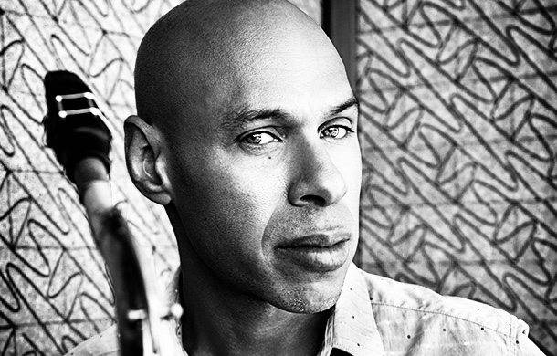 Joshua-Redman-solo-wide-2-copy.jpg